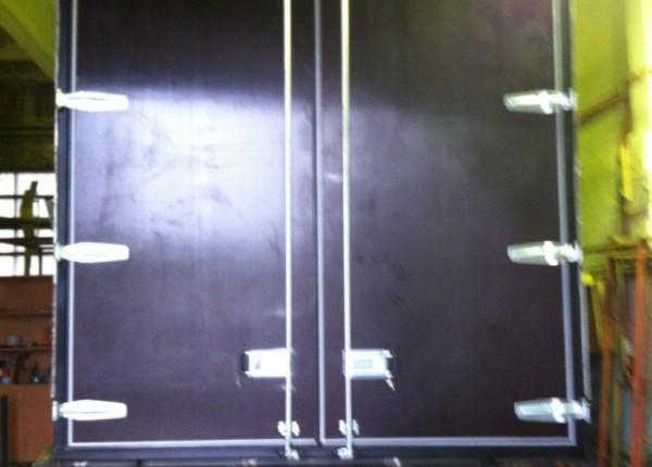 Ремонт и замена дверей и дверных проемов у автофургонов